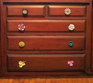DIY furniture/dresser ideas, vintage brooches turned into knobs