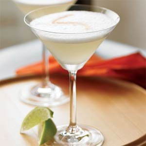 Ginger Lady cocktail, the perfect summer drink, and healthy too! (maybe) {image source}