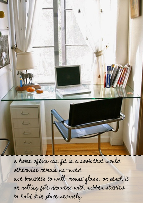 Home office desk idea at The Unexpected Chic